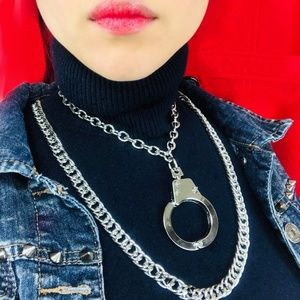 Other - Handcuffs Pendant Link Chains Necklace Choker